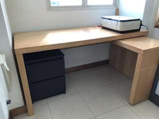 Extendable Office Desk