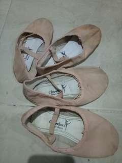 Sepatu balet anak TAKE ALL size 29 & 30