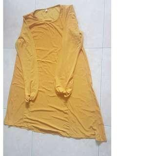 Yellow long blouse ( almost touching knee) and shawl