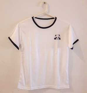 Kaos Panda Putih
