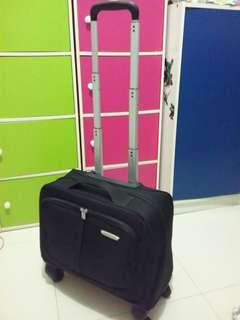 Business travel luggage (Italy)