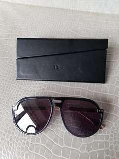 🚚 DIOR  #diorclub3 #sunglasses  近全新  售4580  #princeh全賣場同步 #義大利製