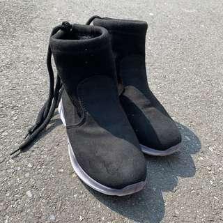 忍者運動鞋