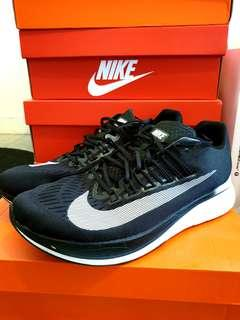 7d0ecb6aac30 Nike Zoom Fly Running Shoes UK9   US10