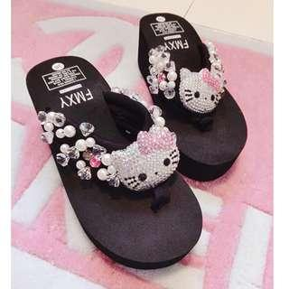 hello kitty slipper with beads (Black) LC