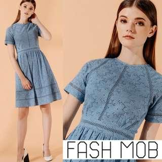 ✨BNWT FASHMOB *PREMIUM* ANDRES EYELET DRESS IN CORNFLOWER BLUE, Size S Fits UK 8