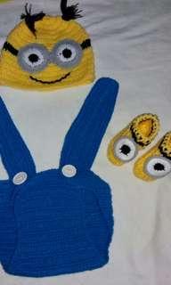 Baju baby Minion rajut