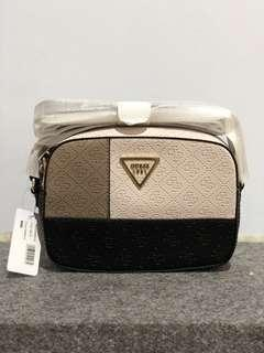 Original guess kamry multi slingbag