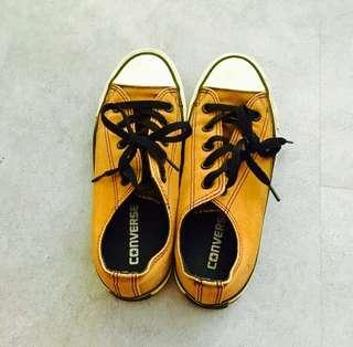 Converse Authentic FAST DEAL!
