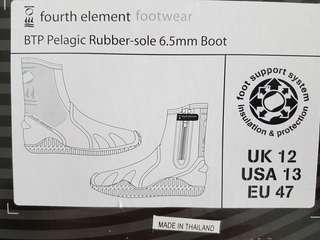 Fourth Element diving boots size UK 12