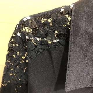🚚 🔥降價 黑色布蕾絲微透視襯衫