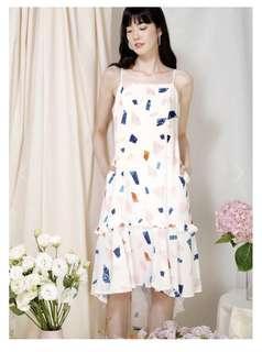 AndWellDressed Vivid Frill Ruffle Hem Dress (White Terrazzo)