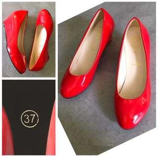 NEW !!! RED Wedge Heels