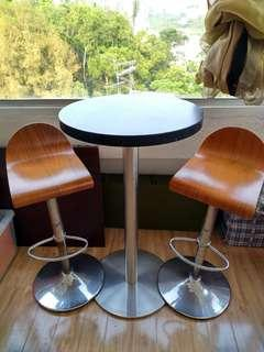 Standard steel Bar table & chairs