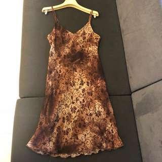 🚚 Cowboy Australia 咖啡色花漾洋裝 10號/M號