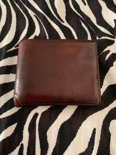 🚚 Fossil Brown Wallet