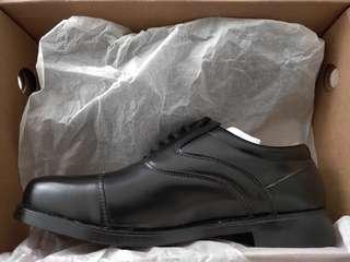 🚚 BN Black Shoes