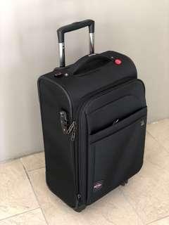antler Koper Kabin 4 Roda Kain Sintetis Hitam Asli 4 Wheel Spinner Cabin Luggage Black Synthetic Fabric Original