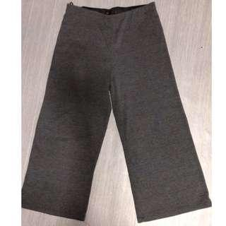 3 Quarter Culotte Grey Pants