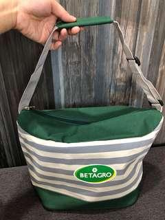 [BN] Betagro adjustable strap cooler bag