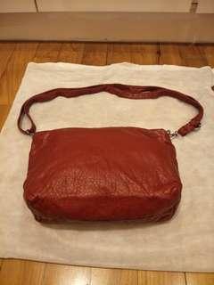 Leather shoulder/sling bag