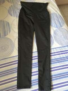 Uniqlo dark grey leggings