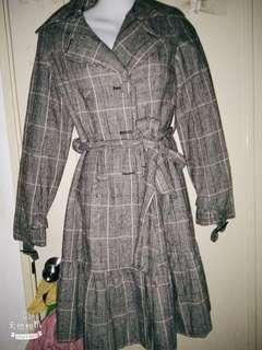 格子文長外套 可當裙子穿衣可當外套