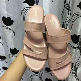 Vern Wedges RM25 includes postage ✅