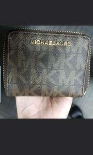 🚚 Michael Kors Wallet