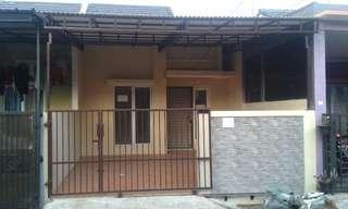 Rumah Minimalis Poris Residence dengan Kanopi