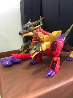 Transformers Cybertron Universe series (Rare Predacon Bruticus)