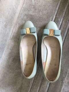 Authentic Ferragamo calf Leather Vara heels - baby blue