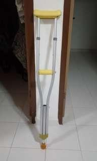 Brand new Crutches 1pc only self collect hougang ave 5