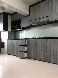 Re- Sale 35ft kitchen cabinet with 10ft quartz top