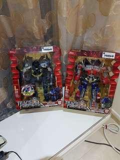 Jetfire & Optimus Prime (Takara Tomy 25 yrs)