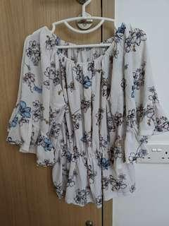 Floral top with flowy sleeves