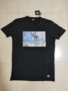 🚚 Cotton On Starwars T-shirt