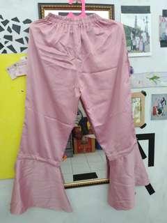 Celana cutbray
