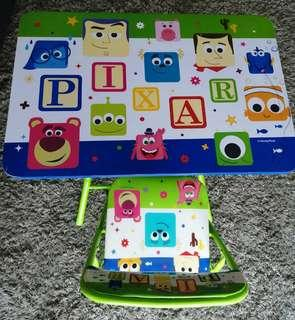 Foldable table and chair for kids