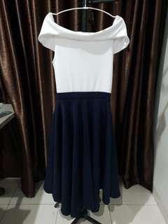 Dress navy white sabrina