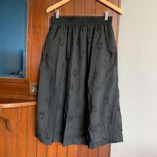 Mongki Black skirt