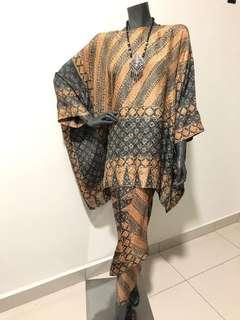 Batik Pareo with Caftan Top
