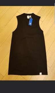 Adidas black skirt