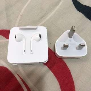 Original Apple Earpods and Charger