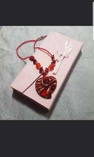 🚚 Heart Neacklace + FREE Red purse
