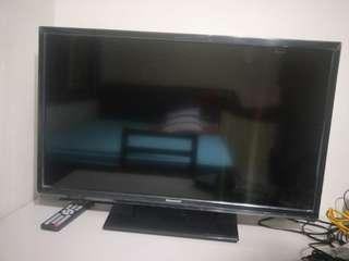 🚚 Skyworth 32 TV