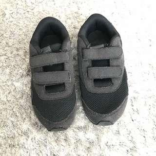 Sepatu Anak Reebok Hitam uk30
