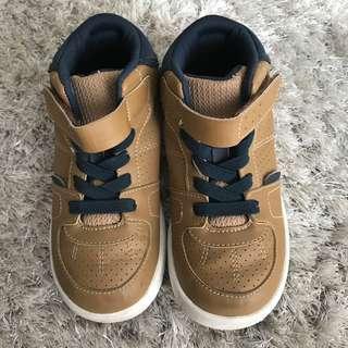 Sepatu Toezoon Uk 28