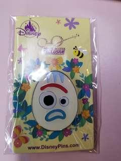 迪士尼復活節襟章 Disneyland pin 小叉 Forky (包郵)