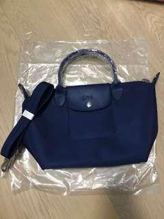 100%new longchamp le pliage neo top handle navy厚款 斜揹 藍色